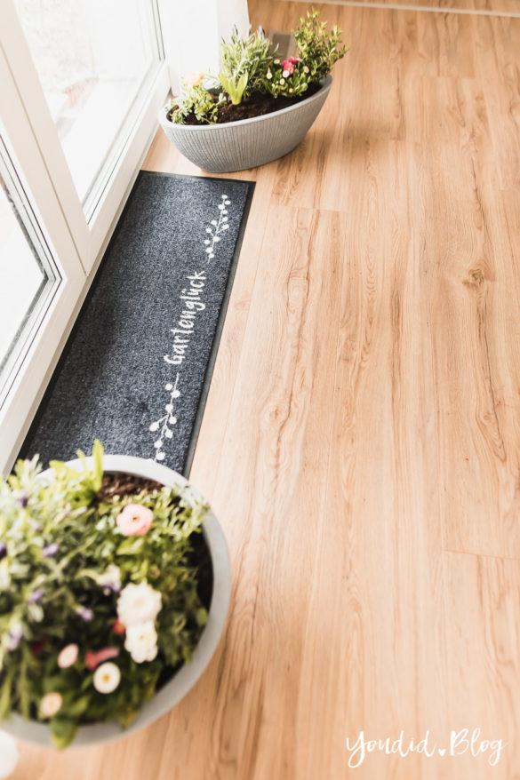 Fliesen Vinyl oder Holzfussboden in der Küche - Unsere Erfahrungen mit dem Purline Bioboden von Wineo Vinyl selbst verlegen Fussmatte | https://youdid.blog