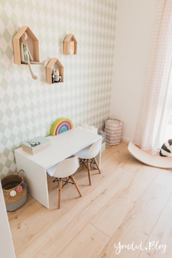 Fliesen Vinyl oder Holzfussboden in der Küche - Unsere Erfahrungen mit dem Purline Bioboden von Wineo Vinyl selbst verlegen Kinderzimmerboden | https://youdid.blog