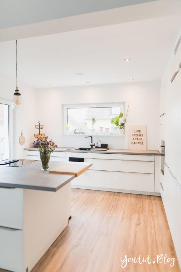 Fliesen Vinyl oder Holzfussboden in der Küche - Unsere Erfahrungen mit dem Purline Bioboden von Wineo Vinyl selbst verlegen Küchenbeleuchtung | https://youdid.blog