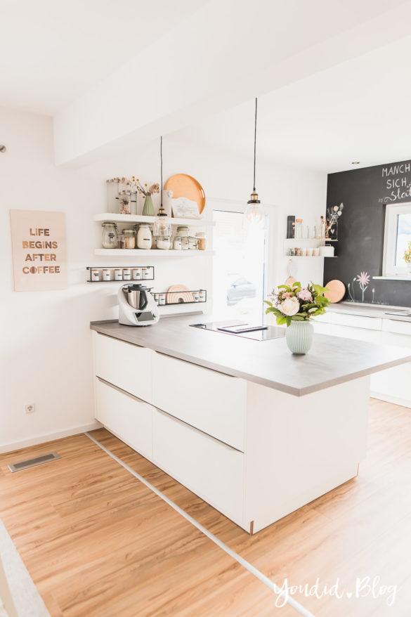 Fliesen Vinyl oder Holzfussboden in der Küche - Unsere Erfahrungen mit dem Purline Bioboden von Wineo Vinyl selbst verlegen Strauss | https://youdid.blog